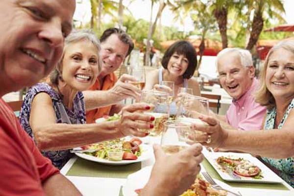 Independent Assisted Living Social Life at Aravilla Sarasota
